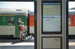 EZOP-JR aktuální odjezdy + řazení vlaků na nástupišti (žst. Praha hl.n.)